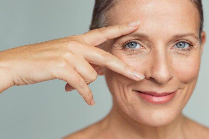 SmoothEye: o Tratamento Não Invasivo que Revitaliza o Seu Olhar