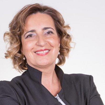 Dra. Lúcia Ferraz