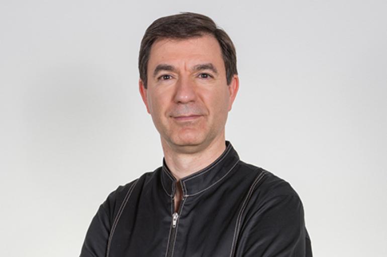 Dr. Américo Ferraz