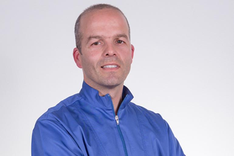 Dr. Artur Lima